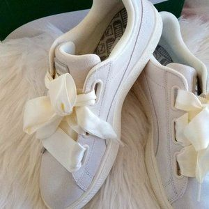 New Puma Basket Heart White Suede Sneakers WM US10
